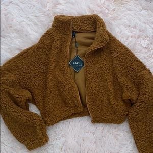 Fluffy cropped zip up